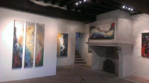 La porte de Sens, un lieu de passage chargé d'histoire, accueille le peintre Diego Velez